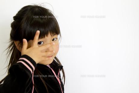 子供ポートレートの写真素材 [FYI00411174]