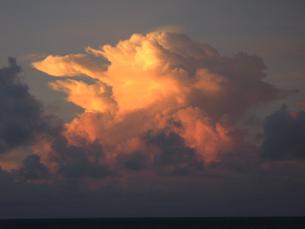 おばけ雲の写真素材 [FYI00411767]