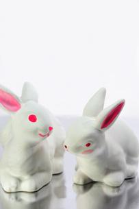 ウサギの置物の写真素材 [FYI00411863]