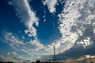 夏の終わりの青い空の写真素材 [FYI00412651]