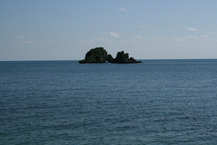 平安座島沖の岩の素材 [FYI00412703]