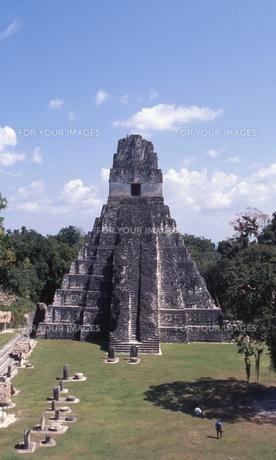 ティカル遺跡1号神殿の素材 [FYI00413392]