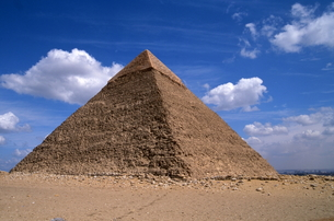 ギザのピラミッドの写真素材 [FYI00413474]
