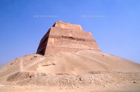メイドゥームのピラミッドの写真素材 [FYI00413512]