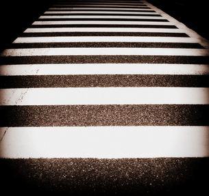 横断歩道の写真素材 [FYI00413605]