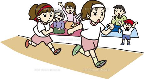 運動会で徒競走の素材 [FYI00413879]