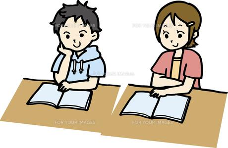 読書・勉強する子どもの素材 [FYI00413939]