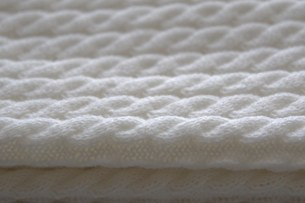 白いマフラーの写真素材 [FYI00415857]