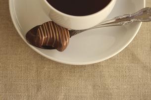コーヒーとチョコレートの写真素材 [FYI00416276]