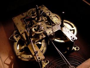 古時計のムーブメントの写真素材 [FYI00416806]