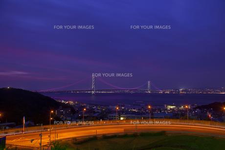 明石海峡大橋夜景の写真素材 [FYI00418779]