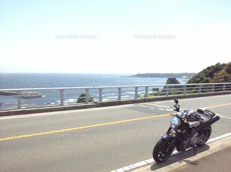 バイクと海と空の素材 [FYI00419415]