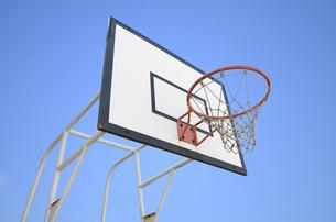 バスケットボールのゴールの写真素材 [FYI00419513]