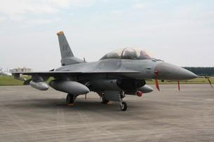 F-16 ファイティングファルコンの写真素材 [FYI00419645]