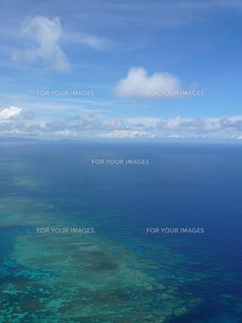 石垣島の海 空撮の写真素材 [FYI00419721]