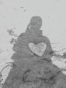 砂浜のハートの写真素材 [FYI00420297]