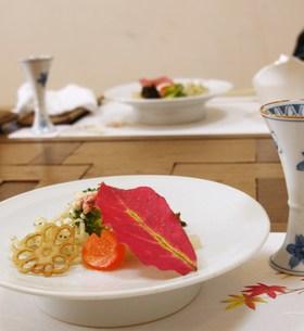 秋のコース料理の写真素材 [FYI00420437]