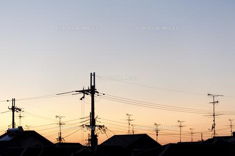 屋根のアンテナの写真素材 [FYI00420803]