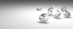宝石(複数のダイヤモンド)の写真素材 [FYI00421284]