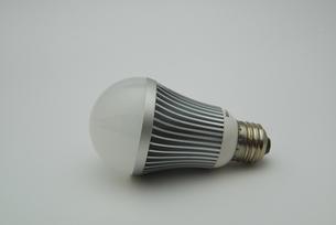 環境に優しいLED電球の写真素材 [FYI00421375]