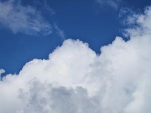 夏の雲の写真素材 [FYI00421397]