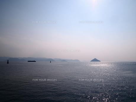 穏やかな瀬戸内海の素材 [FYI00421554]