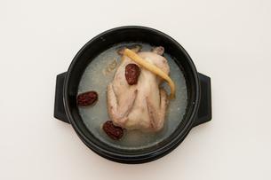 参鶏湯の写真素材 [FYI00421693]
