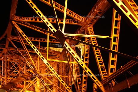 下から見上げる東京タワーの素材 [FYI00421758]