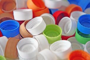 ペットボトルキャップでワクチンボランティアの写真素材 [FYI00421809]