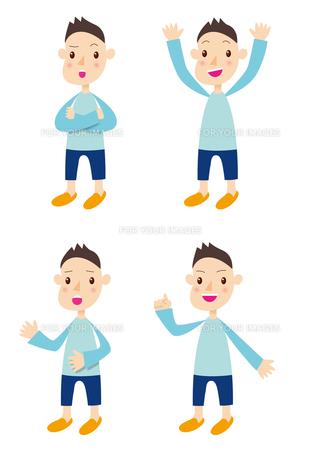 水色の服を着た子供の写真素材 [FYI00422340]