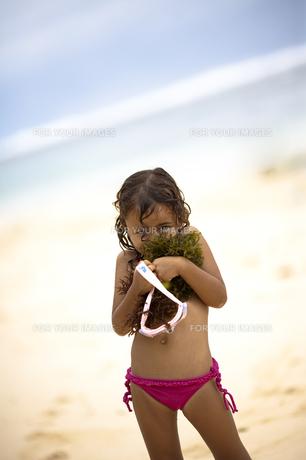 海が好きな女の子の素材 [FYI00422539]