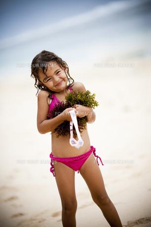 海が好きな女の子の素材 [FYI00422540]