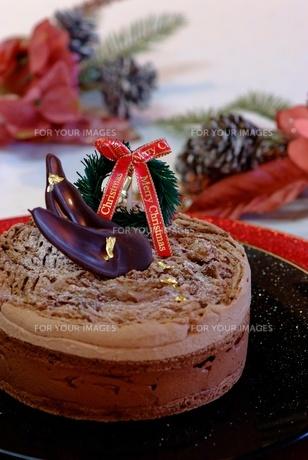 クリスマスチョコレートケーキの写真素材 [FYI00424387]