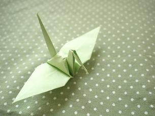 折り鶴の写真素材 [FYI00425124]