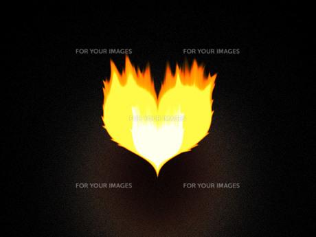 ハートマークの炎の写真素材 [FYI00425174]