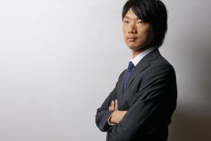 若いビジネスマンのポートレートの写真素材 [FYI00425265]