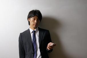 若いビジネスマンのポートレートの写真素材 [FYI00425285]