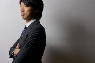 若いビジネスマンのポートレートの写真素材 [FYI00425287]