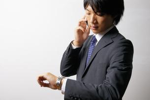 若いビジネスマンのポートレートの写真素材 [FYI00425321]