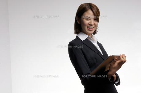 ビジネスウーマンのポートレートの写真素材 [FYI00425330]