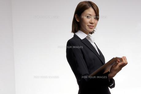 ビジネスウーマンのポートレートの写真素材 [FYI00425331]
