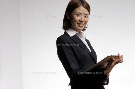 ビジネスウーマンのポートレートの写真素材 [FYI00425350]