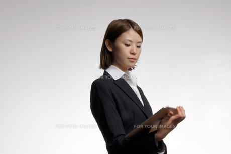 ビジネスウーマンのポートレートの写真素材 [FYI00425352]