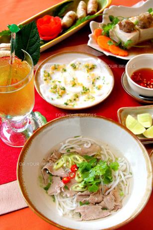 ベトナム料理,フォーの写真素材 [FYI00425924]