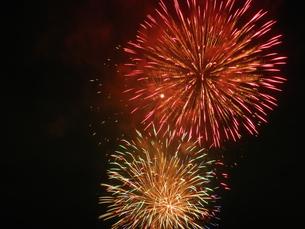 長良川全国花火大会の写真素材 [FYI00428037]