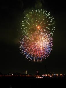 長良川全国花火大会の写真素材 [FYI00428043]