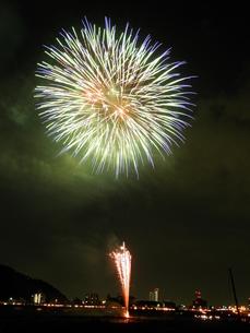 長良川全国花火大会の写真素材 [FYI00428047]