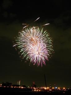 長良川全国花火大会の写真素材 [FYI00428051]