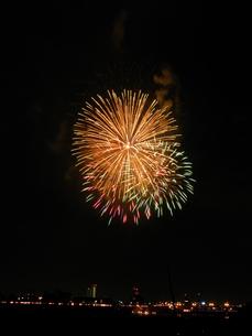 長良川全国花火大会の写真素材 [FYI00428056]