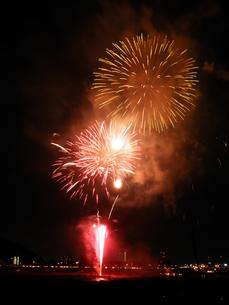 長良川全国花火大会の写真素材 [FYI00428065]